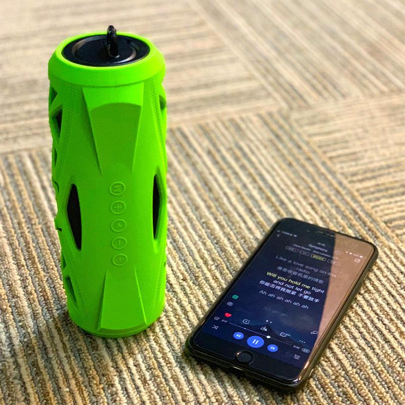 Waterproof Bluetooth Speaker Flashlight function life style